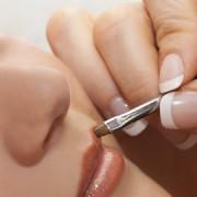 Kosmetikfachschule: Lernen äussere Persönlichkeit zu gestalten